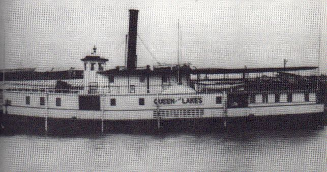 History-05-03-Boats-Queen-ws